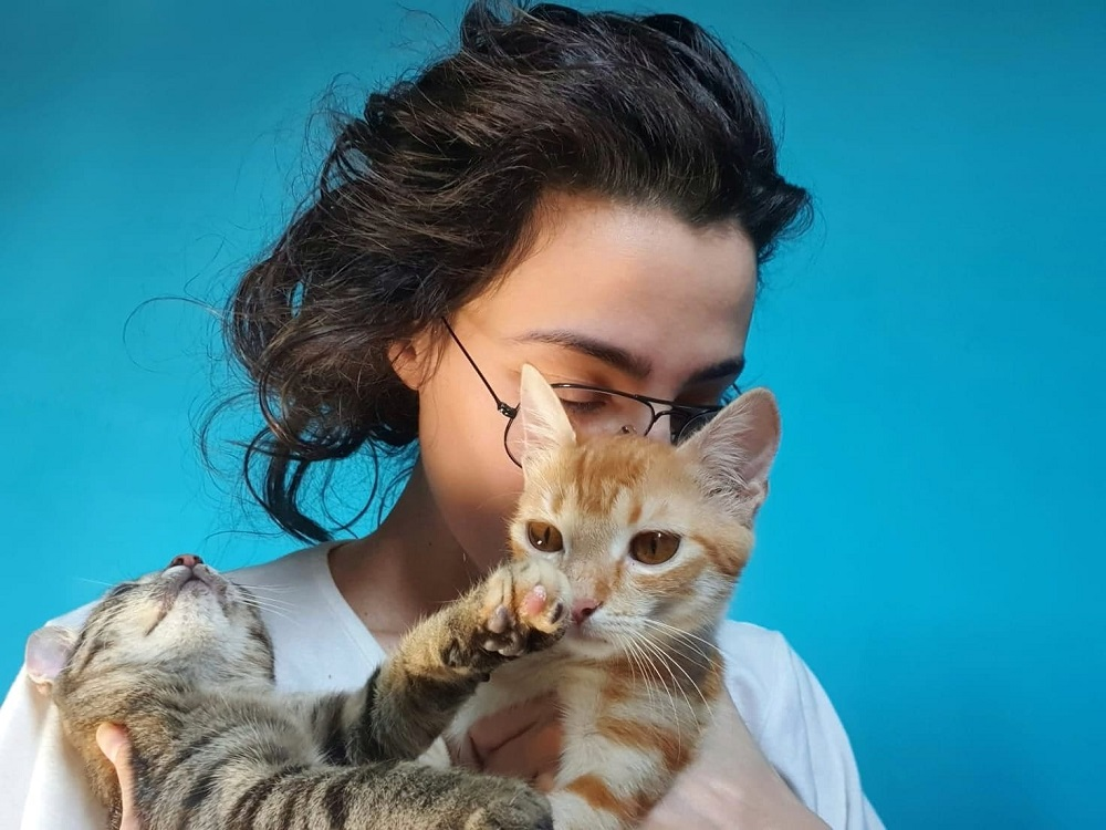 ana mănescu pisici interviu apropieri simonarentea.ro
